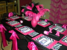 My daughter's 8th birthday - Rockstar Diva table.
