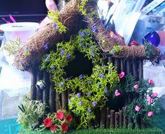 Fairy Garden House, Log Cabin, Fairy Cabin, Wooden Fairy House, Miniature Log Ca… - Plutos. Bird Theme Nursery, Bird Painting Acrylic, Black Bird Tattoo, Spring Birds, Fairy Garden Houses, Bird Crafts, Wooden Cabins, Fairy Garden Accessories, Grapevine Wreath