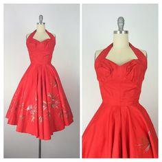 années 50 robe hawaïenne rouge / peint à la par CheshireVintageShop