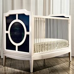 Layla Grayce-The New Traditionalists Regency Crib