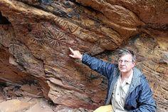 Região de Botucatu tem achados arqueológicos de mais de 11 mil anos - A região de Botucatu guarda a mais antiga descoberta arqueológica do Estado de São Paulo, com evidências de ocupações de humanos de 11.500 anos, conforme escavações em sítios arqueológicos localizados no município de São Manuel, onde foi habitado por um povo pré-colombiano. Arqueólogos pesquisaram  - http://acontecebotucatu.com.br/geral/regiao-de-botucatu-tem-achados-arqueologicos-de-mais-de