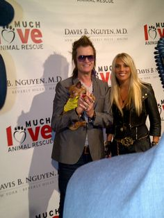 "Glenn Hughes & Laura Wilde and Fizzy on the Red Carpet ""Makeovers For Mutts"" charity Beverly Hills"