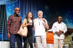 Michael Dorn, Marina Sirtis, Brent Spiner and Levar Burton Marina Sirtis, Star Trek Cast, Love To Meet, Big Hugs, Dream Team, Actors & Actresses, It Cast, Stars, Couple Photos