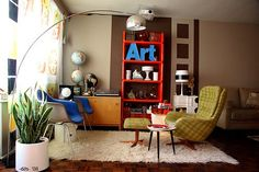 Combining traditional, retro or vintage furniture with modern items is the best way to create a designer home,.... Nice mix.. Like this