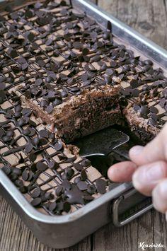 Trypato chocolate refrigerator cake / Chocolate poke cake