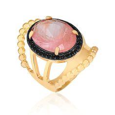 Anel luxuoso com pedra natural rosa e zircônias pretas folheado em ouro 18k - Francisca Joias