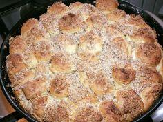 Aranygaluska, nagyi sokszor készítette gyerekkoromban, most én is megsütöttem! Biscuits, Grilling, Food And Drink, Pie, Sweets, Recipes, Crack Crackers, Torte, Cookies