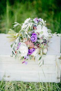 Ein Picknick mit der Liebe im Gepäck DIE SIEBTE WOLKE BY KATERINA KEPKA http://www.hochzeitswahn.de/inspirationsideen/ein-picknick-mit-der-liebe-im-gepaeck/ #wedding #inspiration #flowers