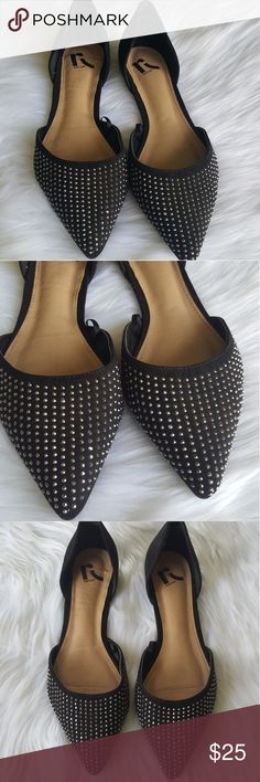 Womens pointy black Flats with small shiney stones Womens Flats with shiney stones on the front. Lightly worn, comfortable pointy flats. Great for office wear or for a night out! Shoes Flats & Loafers