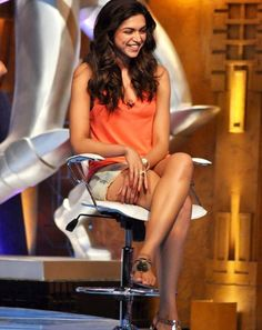 Deepika Padukone sexy legs
