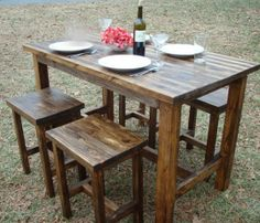 Simple wooden bar table & stools. Would look great and fit perfectly in my kitchen