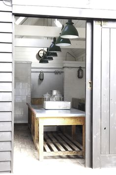 Hendy's-Home-Store-Kitchen-Hastings-Alastair-Hendy-hand-made-Victorian-tiles