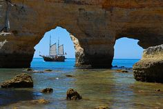 """""""Praia Marinha, Algarve, Portugal (by Travel Photography) """" Oh The Places You'll Go, Places To Visit, Beaches In The World, Spain And Portugal, Dream Vacations, Beautiful Places, Romantic Places, Amazing Places, Travel Photography"""