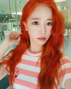 SORI (one half of cocosori)( Half Long Hair, Beautiful People, Beautiful Women, Kpop Fashion, Kpop Girls, Hair And Nails, Red Hair, Girl Group, Actresses
