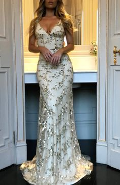 Women Sequined Maxi Dress In The Floor Summer Backless V Neck Strappy Bodycon Long Party Dress Vestidos Mujer Strappy Maxi Dress, Sequin Dress, Lace Dress, Tulle Lace, Gown Dress, Ball Gowns Prom, Ball Dresses, Evening Dresses, Open Back Prom Dresses
