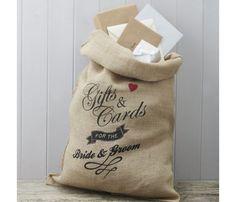Grand sac en toile de jute pour recevoir courrier et cadeaux � votre mariage. Impression sur le devant