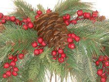 Portare un look rustico alla vostra casa questa stagione di festa con questa ghirlanda di Swag pino di inverno. Larco è un abbondante mix di spessore sempreverdi. Le bacche di colore rosse scuro e coni di pino reale offrono i suggerimenti più morbidi di colore contro il verde lussureggiante. Neutro e sommesso, la ghirlanda di Swag pino di inverno è grande come una decorazione transitoria durante tutto linverno.
