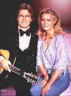 JD with Cheryl Ladd on the John Denver And The Ladies TV special. Cheryl Ladd, John Denver, Songs To Sing, Country Singers, Brigitte Bardot, Beautiful Soul, Actors & Actresses, Going Out, Aspen