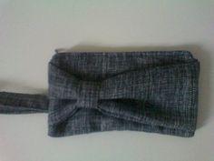 Pochette, ispirata da http://www.elmstreetlife.com/2012/02/diy-bow-clutch-sewing-tutorial.html?m=1