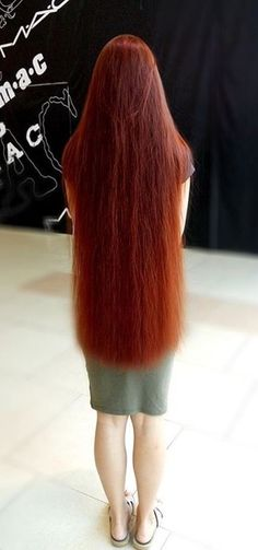 Beautiful Long Hair, Gorgeous Women, Super Long Hair, Silky Hair, Layered Cuts, Shoulder Length Hair, Female Images, Hair Lengths, Long Hair Styles