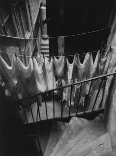 © André Kertész - France 1930