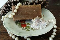 Check out this item in my Etsy shop https://www.etsy.com/listing/281483206/handmade-amish-goat-milk-strawberry-soap