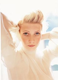 Gwyneth <3 She has such a classy look to her. It comes natural. I had an AP Psych teacher who looked exactly like her. She was too gorgeous!