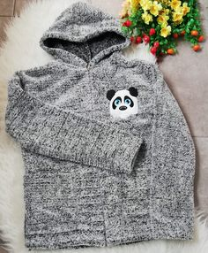 Hanorac dama pufos pret Hoodies, Sweaters, Fashion, Moda, Sweatshirts, Fashion Styles, Fasion, Sweater, Hoodie