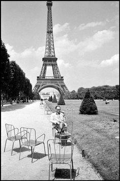 Arthur Miller, Paris 1961 Photo Inge Morath © The Inge Morath Foundation
