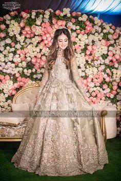 Pakistani Bridal Makeup, Bridal Mehndi Dresses, Walima Dress, Asian Wedding Dress, Pakistani Wedding Outfits, Bridal Dress Design, Pakistani Wedding Dresses, Bridal Outfits, Bridal Lehenga