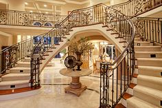 homes with two staircases sweeping style : Grand Homes With Two Staircases. double staircase homes,home staircases,house two staircases,houses with two staircases,two way staircase design Luxury Staircase, Foyer Staircase, Double Staircase, Staircase Design, Mansion Interior, Interior Exterior, Grand Entryway, Latest House Designs, Design Suites