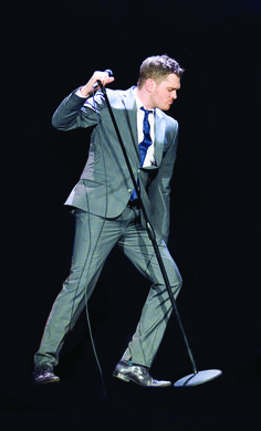 Michael Bublé can now announce details of his return to the UK as he takes his live experience to Manchester. Buy Michael buble tickets on Eventim. My Favorite Music, My Favorite Things, John Barrowman, Michael Buble, Vancouver Canucks, Grant Gustin, Stephen Amell, Celebs, Celebrities