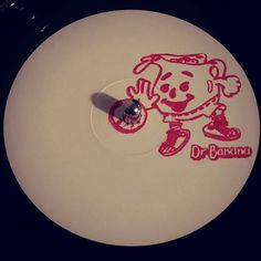 """#nowspinning E.A.P.D. / Kid Lib / Ocean Inside / Etch - DRB02. Dr Banana: DRB02 (2017). Superb follow-up to last year's DRB01. This time going in for some bass heavy dnb / jungle (perfect). I was expecting to favour the Kid Lib tune here but all 4 tracks are excellent. Nice little A5 insert with Human Traffic quote """"This could turn Hare Krishna into a Bad Boy!"""". #dnb #drumandbass #drumnbass #jungle #eapd #kidlib #oceaninside #etch #drbanana #drb02 #humantraffic #vinyl #vinyljunkie #record…"""
