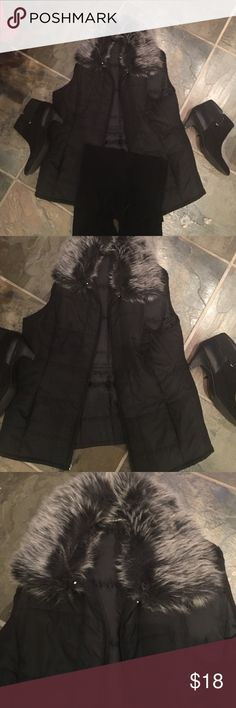 Vest Lovely vest with fur collar has side pockets! Like new!! Has adjustable tab in back to tighten if you choose to wear it fitted!! croft & barrow Jackets & Coats Vests