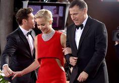 Golden Globes 2016 red carpet buzz: America Ferreraâs... #EvaLongoria
