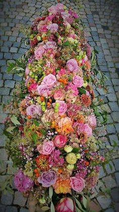 Precious Tips for Outdoor Gardens - Modern Casket Flowers, Grave Flowers, Funeral Flowers, Wedding Flowers, Large Flower Arrangements, Funeral Flower Arrangements, Deco Floral, Arte Floral, Funeral Sprays