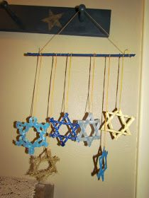The Little Things: Crafting for Hanukkah - Star of David Mobile