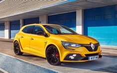 Download wallpapers Renault Megane RS, 4k, 2018 cars, yellow Megane RS, raceway, Renault