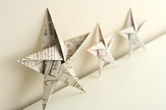 5 pointed origami star Christmas ornaments - step by step instructions (Diy Paper Ornaments) Diy Christmas Star, Christmas Star Decorations, Christmas Origami, Homemade Christmas, Holiday Fun, Tree Decorations, Oragami Star, Origami Christmas Star, Christmas Fashion