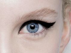 make-up at Giambattista Valli spring 2014 couture
