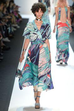 Leonard Spring / Summer 2017 Ready-To-Wear Collection | British Vogue