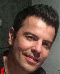 That gorgeous smile 😍 Wahlberg Brothers, Pictures Of Jordans, Good Knight, Russian Men, Tv Show Music, Donnie Wahlberg, Jordan Knight, Famous Celebrities, New Kids