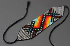 off loom beading Bead Loom Designs, Beadwork Designs, Bead Loom Patterns, Bracelet Patterns, Beading Patterns, Beaded Cuff Bracelet, Bead Loom Bracelets, Beaded Shoes, Beaded Jewelry