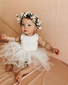 Kenzie Lunt (@kenzie_shayne) • Foto e video di Instagram Baby Girl Party Dresses, Dresses Kids Girl, Baby Party, Baby Dress, Flower Girl Dresses, Baby Girl Fashion, Kids Fashion, Toddler Princess Dress, Baby Aspen
