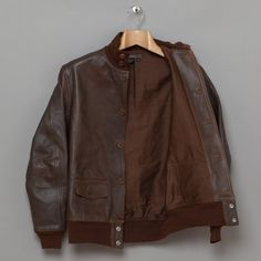 Eastman Leather Clothing / US A1 Leather Jacket - it looks like the 30 y old jacket my father gave me.