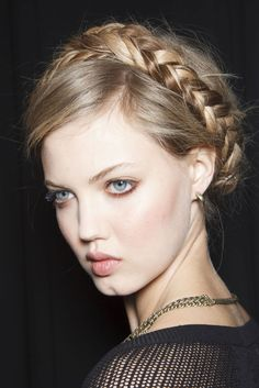 Old World Braids  - THE HOTTEST HAIRSTYLES FOR SPRING 2014