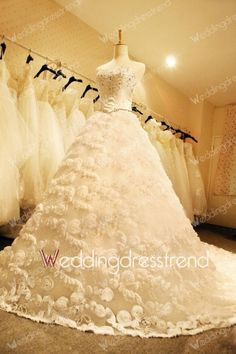 Awesome Sweetheart Beaded Crystal Wedding Dress