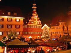 esslingen mittelalter weihnachtsmarkt  Esslingen Mediaeval Christmas Market, Germany