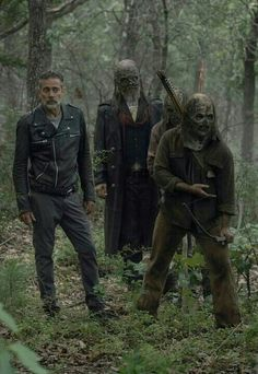 The Walking Dead Star Teases a Big Spoiler About Negan and the Whisperers Walking Dead Tv Show, Walking Dead Memes, Fear The Walking, Walking Dead Season, Walking Dead Zombies, The Walkind Dead, Dead To Me, Judith Grimes, Rick Grimes