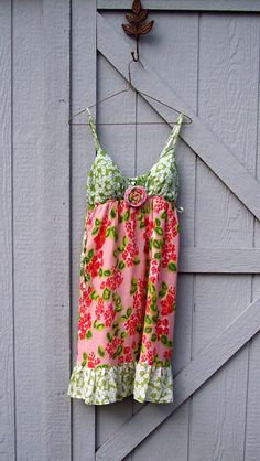 Soft cotton summer dress with removal flower pin. It's one of my refashioned dresses.